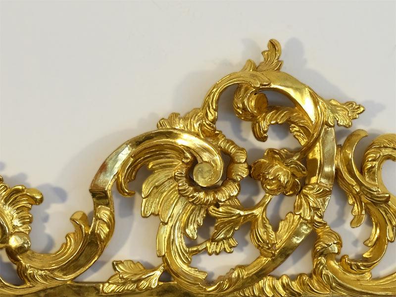 handegschnitztes Branttwein vergoldetes Supraport aus dem Rokoko